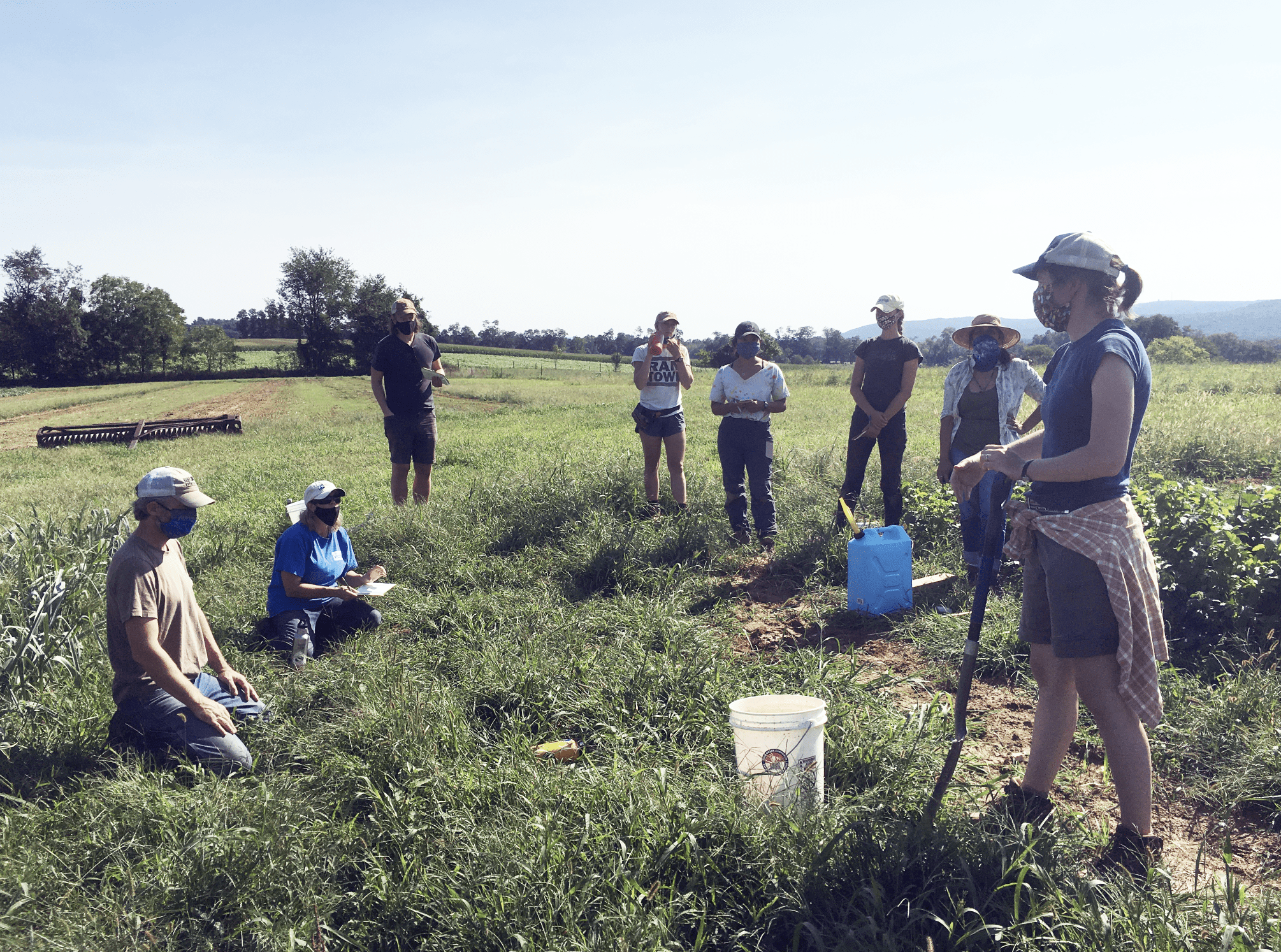 Pasa Research Coordinator Sarah Bay Nawa explains our soil sampling protocols to collaborators from Stroud Water Research Center and Penn State University at Dickinson College Farm.